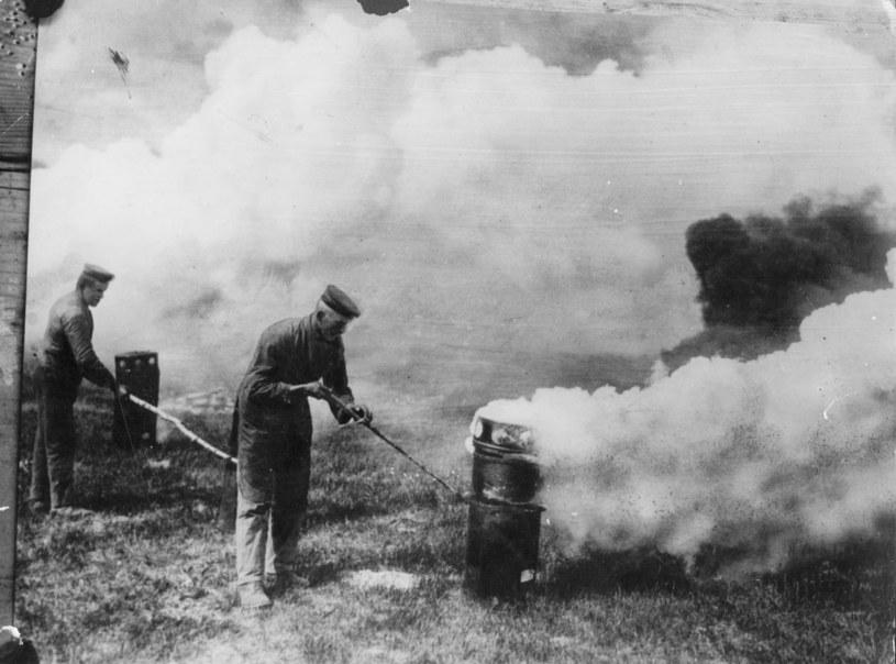 Atak gazowy w czasie I wojny światowej /Getty Images/Flash Press Media