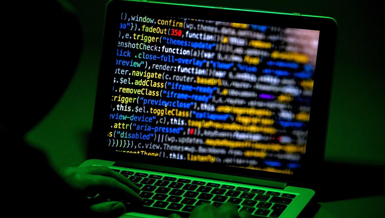 Atak hakerski w Niemczech. Dane polityków trafiły do sieci