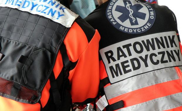 Atak na ratowników medycznych podczas wesela. Poszukiwany zgłosił się na policję
