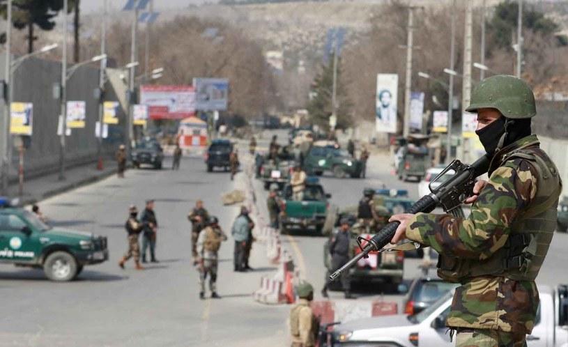 Atak na szpital wojskowy w Kabulu /HEDAYATULLAH AMID /PAP/EPA