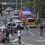 """Atak nożownika w Lyonie. Sprawca miał krzyczeć, że """"ludzie nie czytają Koranu"""""""