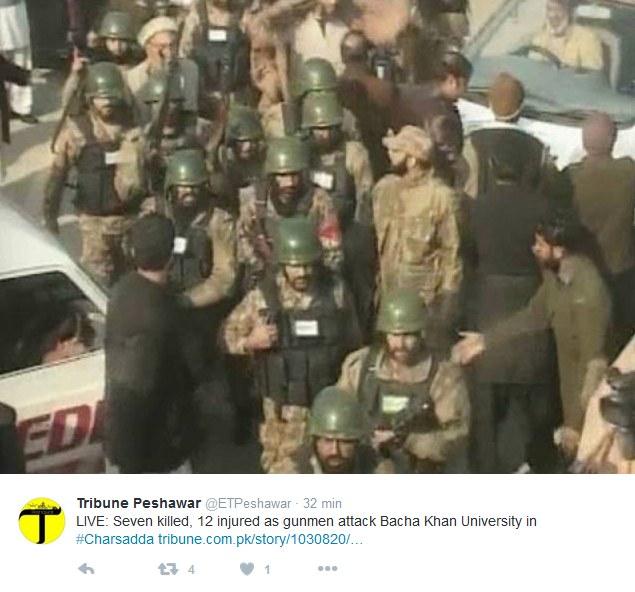 Atak terrorystyczny na uniwersytet na północy Pakistanu /Twitter /