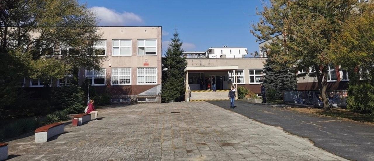 Atak w liceum w Zielonej Górze. Nowe informacje ws. napastniczki