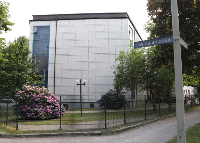 Atak w pobliżu synagogi w Hamburgu /PAP/EPA