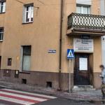 Ataki na biura poselskie PiS. Policja będzie monitorować siedziby parlamentarzystów