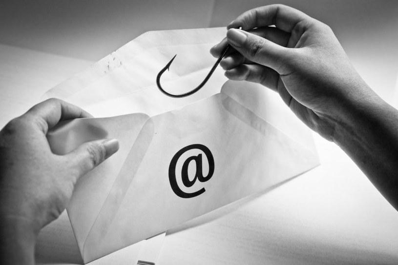 Ataki phishingowe są największym zagrożeniem rozpowszechnianym wraz ze spamem. /123RF/PICSEL