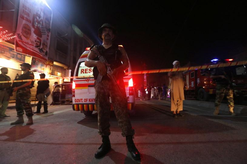 Ataku dokonano podczas przedwyborczego wiecu Narodowej Partii Awami (ANP) /Arshad Arbab /PAP/EPA