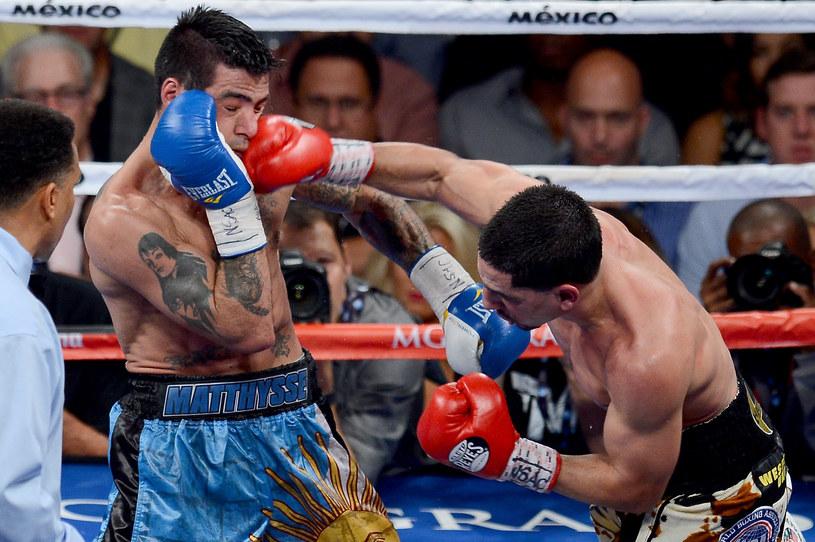 Atakuje Danny Garcia /AFP