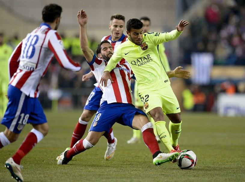 Atletico przegrało już z Barceloną dwumecz w Pucharze Króla. Czy w lidze również okaże się słabsze? /AFP