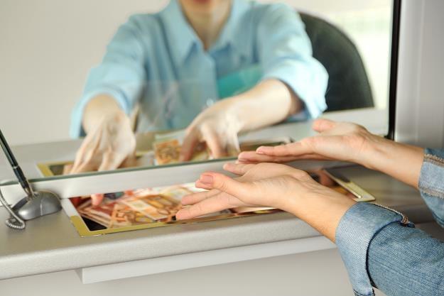 Atrakcyjny kredyt hipoteczny o stałym oprocentowaniu? /©123RF/PICSEL
