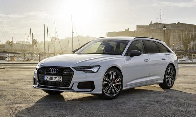Audi A6 Avant 55 TFSI e quattro /Audi