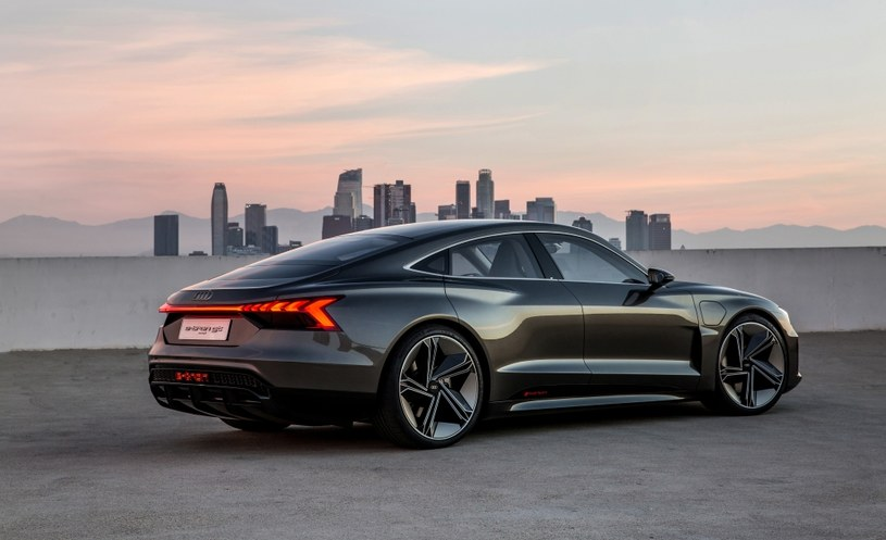 Audi e-tron GT concept /materiały prasowe
