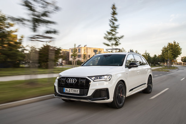 Audi Q7 60 TFSI e /Audi