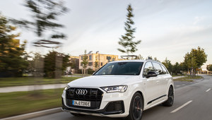 Audi Q7 TFSI e - hybryda w dwóch odmianach