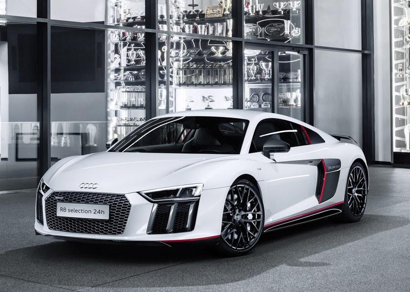 "Audi R8 Coupe V10 plus ""selection 24h"" /"