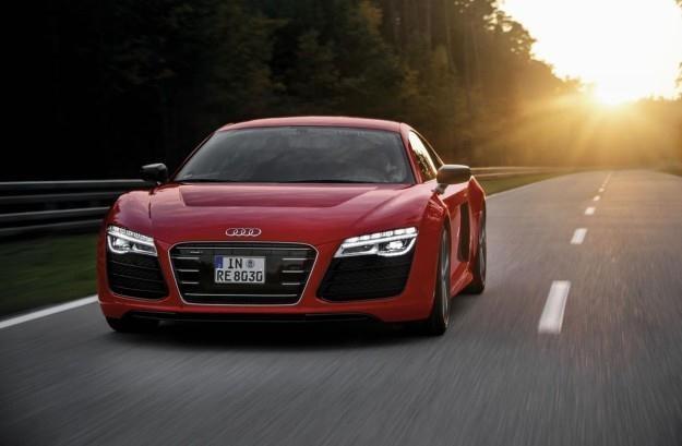 Audi R8 E-tron /