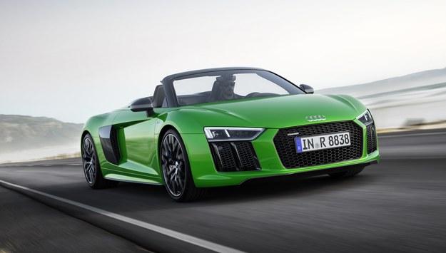 Audi R8 Spyder V10 plus /Audi