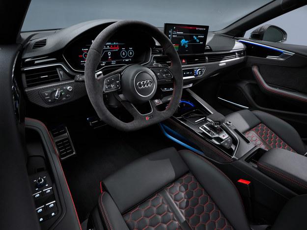 Audi RS5 /Audi