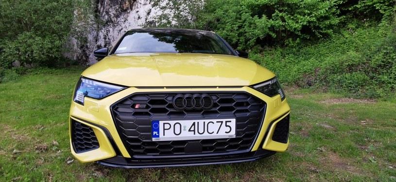 Audi S3 Sportback edition one TFSI quattro /