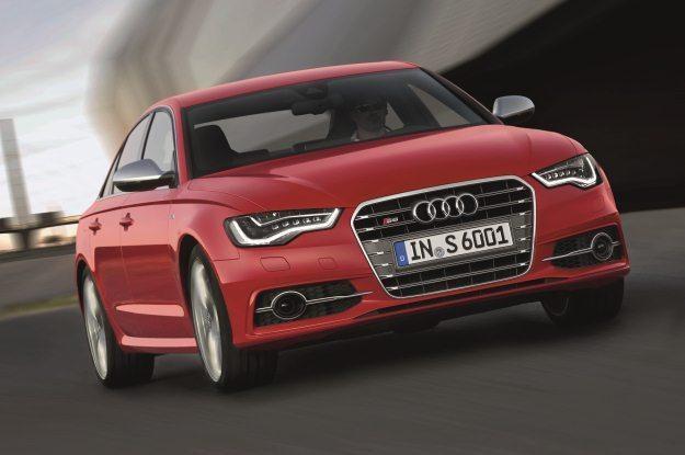 Audi S6 /