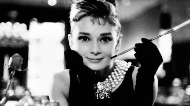 """Audrey Hepburn w filmie """"Śniadanie u Tiffany'ego"""" /East News"""