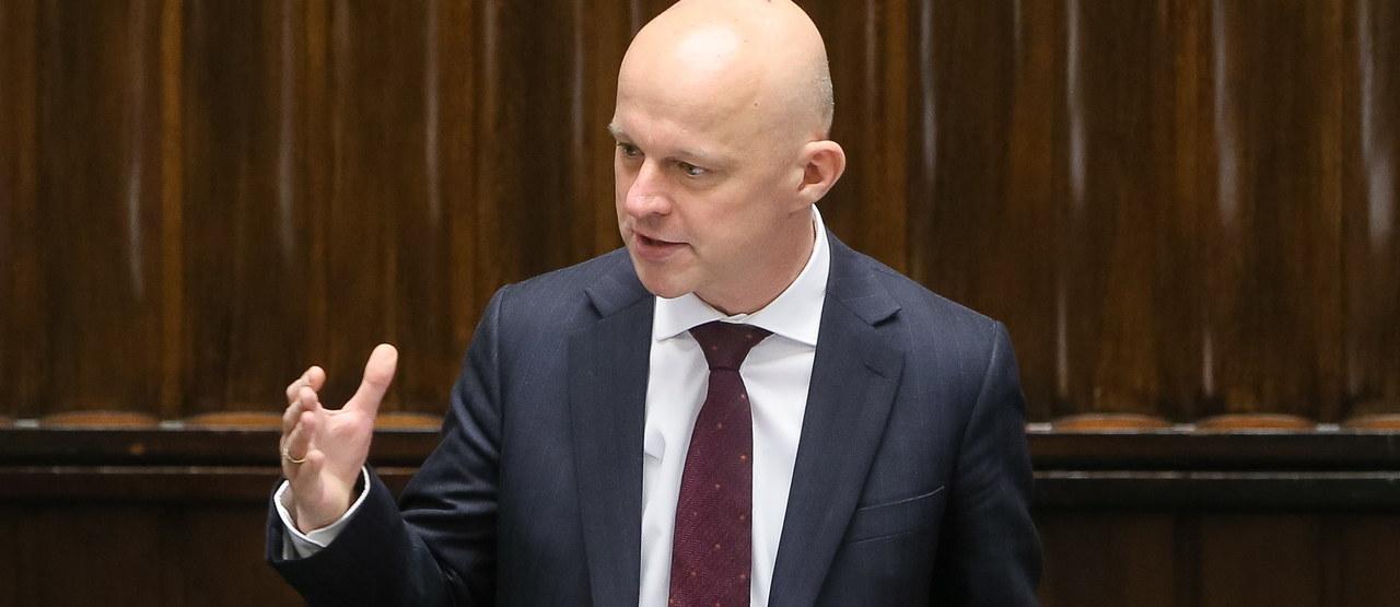 """Audyt rządów PO-PSL: Szałamacha w Sejmie o """"opcyjnym tsunami"""""""