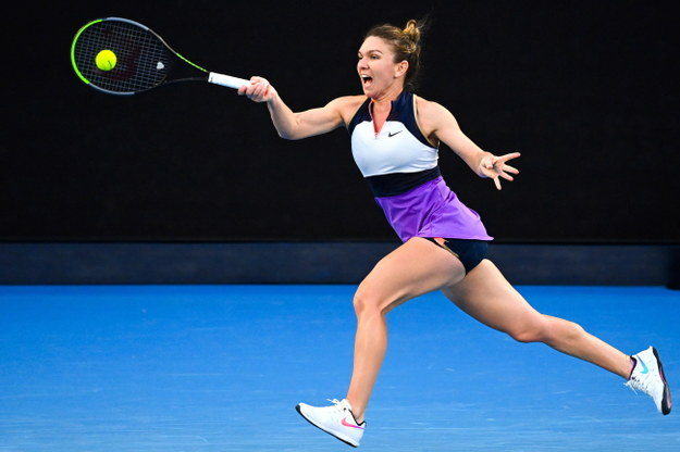 Australian Open 2021: Iga Świątek w pojedynku 1/8 finału przeciwko Simonie Halep /DAVE HUNT /PAP/EPA
