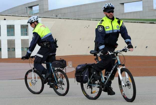 """Australijska policja """"sprawdza"""" jakość bezpieczeństwa WiFi /AFP"""