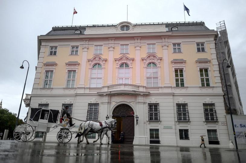 Austriacka Kancelaria Federalna na placu Ballhausplatz w Wiedniu /PAP/EPA/CHRISTIAN BRUNA /PAP
