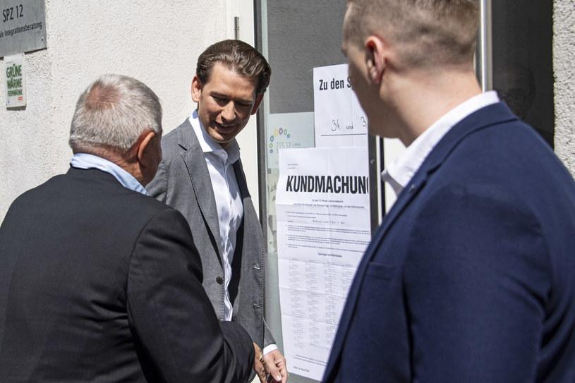 Austriacka Partia Ludowa (OeVP) kanclerza Sebastiana Kurza wyraźnie prowadzi w wyborach do PE /CHRISTIAN BRUNA /PAP/EPA