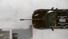Auta na prąd bezpieczniejsze od spalinowych?