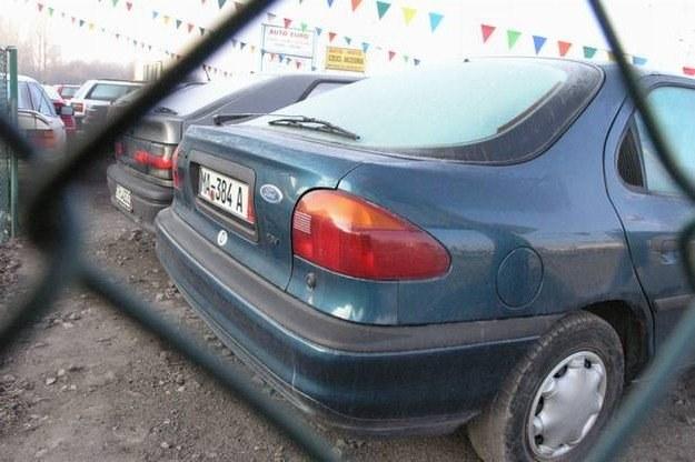 Auta starsze niż 10-lat wciąż stanowią największą grupę importowanych /INTERIA.PL