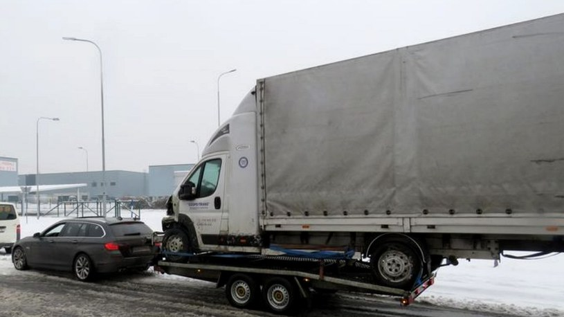 Auto dostawcze była wyraźnie zbyt duże i za ciężkie /Policie ČR /