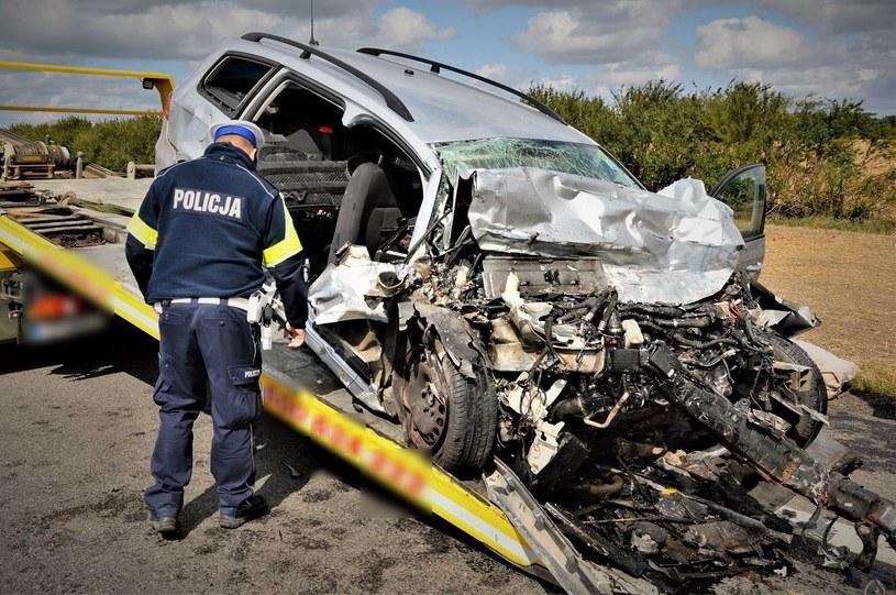 Auto po wypadku /Policja Pomorska /materiały prasowe