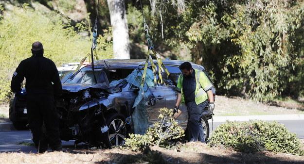 Auto Tigera Woodsa po wypadku /ETIENNE LAURENT /PAP/EPA