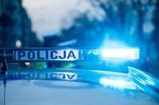 0007ARCH52T0JPYO-C307 Auto uderzyło w drzewo. Trzy osoby nie żyją