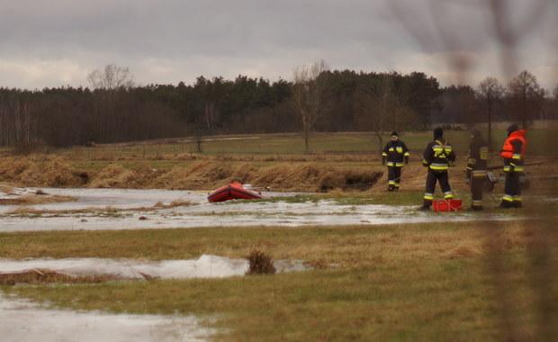 Auto wpadło do rzeki. Nie żyje 35-latka
