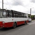 Autobus potrącił dzieci na przejściu dla pieszych