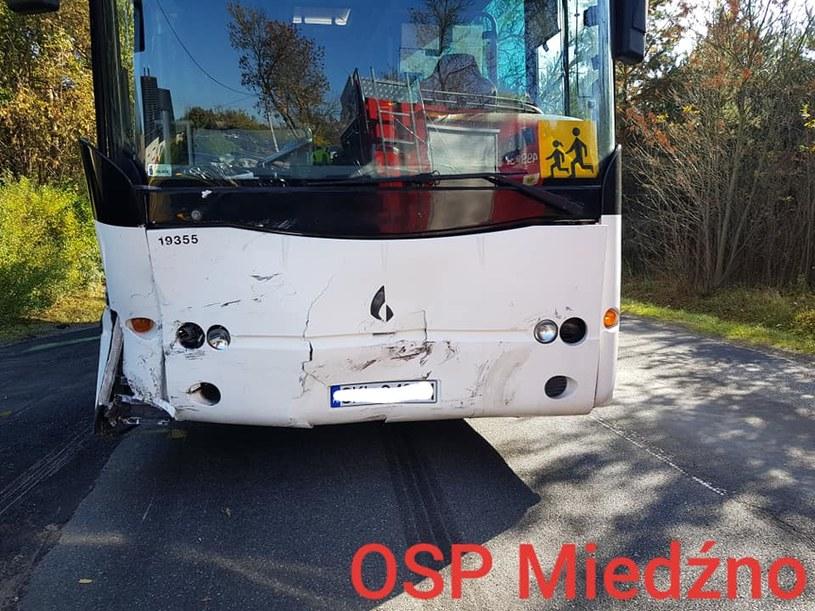 Autobus przewoził 38 dzieci /OSP Miedźno /facebook.com