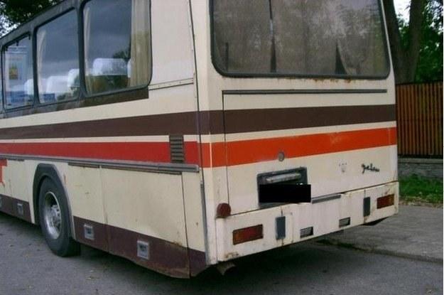 Autobus zjedzony przez rdzę /RMF