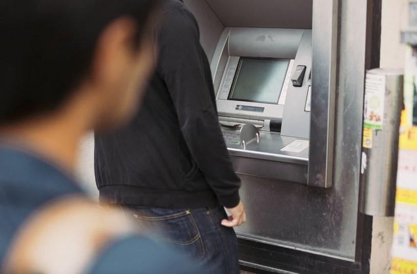 Automated Teller Machine (ATM), czyli bankomat - FBI twierdzi, że cyberzłodzieje szykują globalny atak /123RF/PICSEL