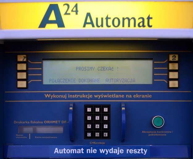 Automatyczna stacja benzynowa. Fot. Andrzej Iwanczuk /Reporter