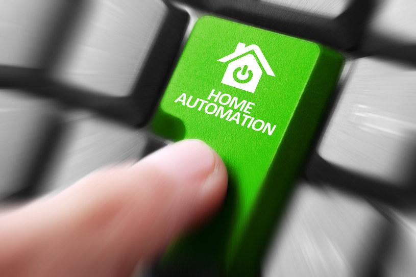 Automatyzacja zmieni rynek pracy /123RF/PICSEL