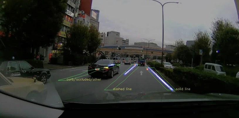 Autonomiczna jazda wymaga wiarygodnych informacji o drogach /materiały prasowe