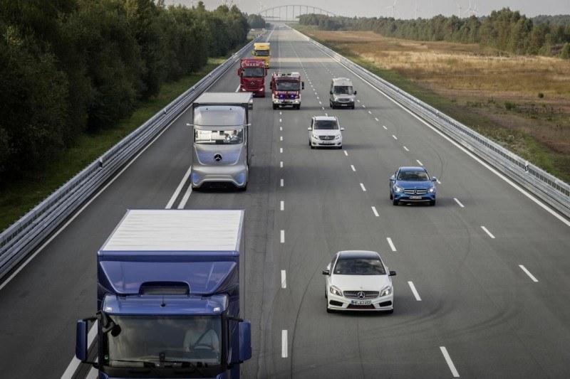 Autonomiczne ciężarówki to nieodległa przyszłość /