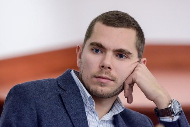 """Autor """"Skaz na pancerzach"""" Piotr Zychowicz: Polacy nie są małymi dziećmi i zasługują na prawdę /Mariusz Gaczyński /East News"""