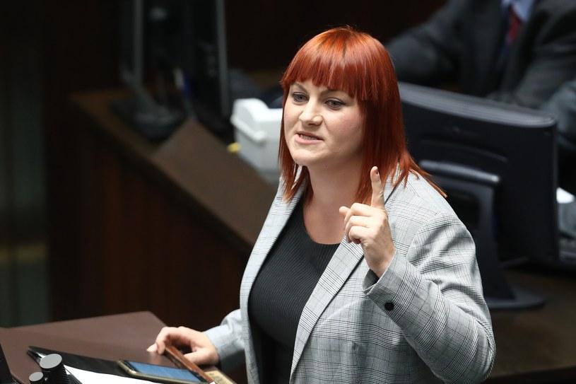 Autorką projektu ustawy znoszącej obowiązkowe szczepienia jest Justyna Socha, z zawodu agentka ubezpieczeniowa /Andrzej Iwańczuk /Reporter