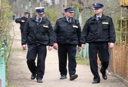 Autorów nagrania szybko namierzyli policjanci fot. Maciej Kulczyński /Agencja SE/East News