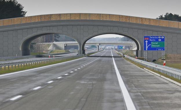 Autostrada A-2 w okolicach miejscowości Trzciel /PAP
