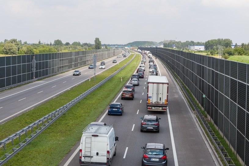 Autostrada A2 (i nie tylko ona) zdecydowanie potrzebuje trzeciego pasa /Łukasz Szczepański  /Reporter